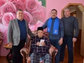 Вручение медалей ветеранам в честь 75-летия Победы  В СП Караидельский сельсовет